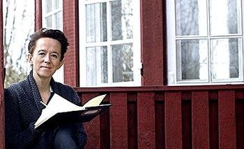 Anne Dorte Michelsen viser hvordan man skriver en god sang