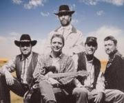 Boots in Saddles spiller countrymusik med den helt rigtige lyd. De spiller tilmed også den såkaldte