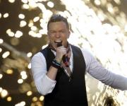 Vinder af  dansk melodi grand prix 2009, den talentfulde Brink havde hvad der skulle til og har kun mere erfaring og talent til at levere genial underholdning