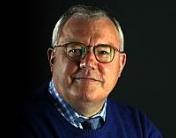 Hans Engell booking af foredrag med Hans Engell politisk kommentator og tidl. forsvarsminister