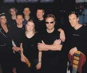 Hvis man elsker Joe Cocker vil man også elske denne gruppe. Basist, saxofonist, trommeslager ja de har det hele. Og en forsanger der har den helt rigtige glød for at kunne tage Joe Cockers sange i sin hule hånd