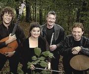 Moving Cloud spiller irsk folkemusik og har efterhånden underholdt på en hel del festivaler.