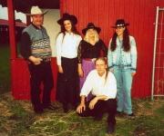 Nashville Heartbreakers er et rigtigt countryband som spiller: Sixties, rock-a-Billy-Live og naturligvis countrymusic