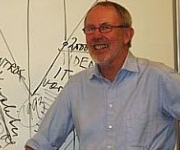 Nils Villemoes booking foredrag om ledelse med humor og bid