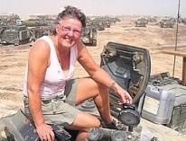 Ruth Brik Christensen - Ruth i Krig - En ørkenrotte i grusgraven - KFUM Soldatermission