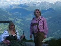 Tyrolerklang tyrolermusik med sang dans og stemning